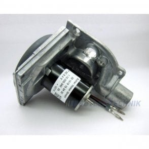 Eberspacher D5WSC combustion air blower motor Hydronic | 201819991600 | 201759991500